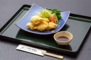 ●とり天 ¥500円|長湯温泉のお料理・大分県の温泉で食べる定食・和食・郷土料理ならかじか庵へ
