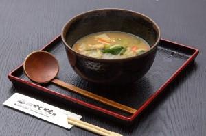 ●だんご汁 ¥500円|長湯温泉のお料理・大分県の温泉で食べる定食・和食・郷土料理ならかじか庵へ