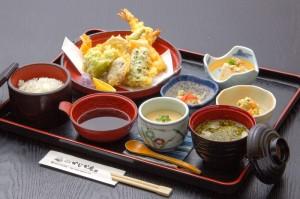 ●天ぷら御膳 ¥1,200円|長湯温泉のお料理・大分県の温泉で食べる定食・和食・郷土料理ならかじか庵へ