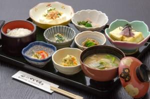 ●田舎造り豆腐御膳 ¥1,000円|長湯温泉のお料理・大分県の温泉で食べる定食・和食・郷土料理ならかじか庵へ