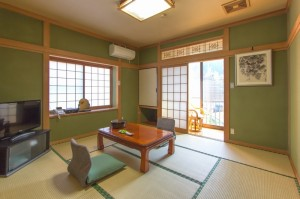 標準2名様用和室「桐の間」|日本一の炭酸泉!長湯温泉ならかじか庵へ