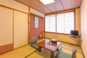 標準2名様用和室「松の間」|日本一の炭酸泉!長湯温泉ならかじか庵へ