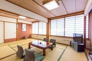 標準3名様用和室「竹の間」|日本一の炭酸泉!長湯温泉ならかじか庵へ